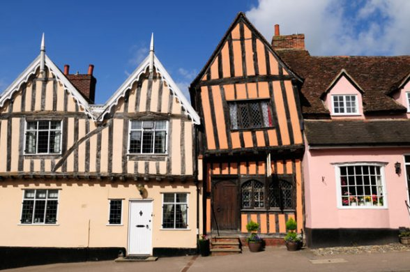 Crooked-House-Gallery-near-our-Suffolk-Holiday-Cottages