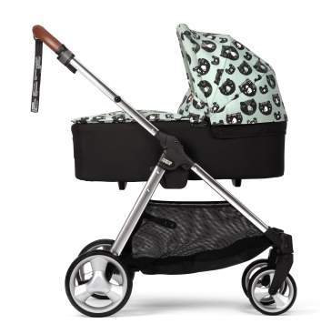 2259V7402_Flip_XT_Donna_Wilson_3_Bears_Carrycot_on_Chassis_